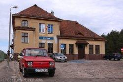 Dworzec kolejowy w Wierzchucinie