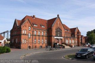 Toruń Wschodni, budynek dworca